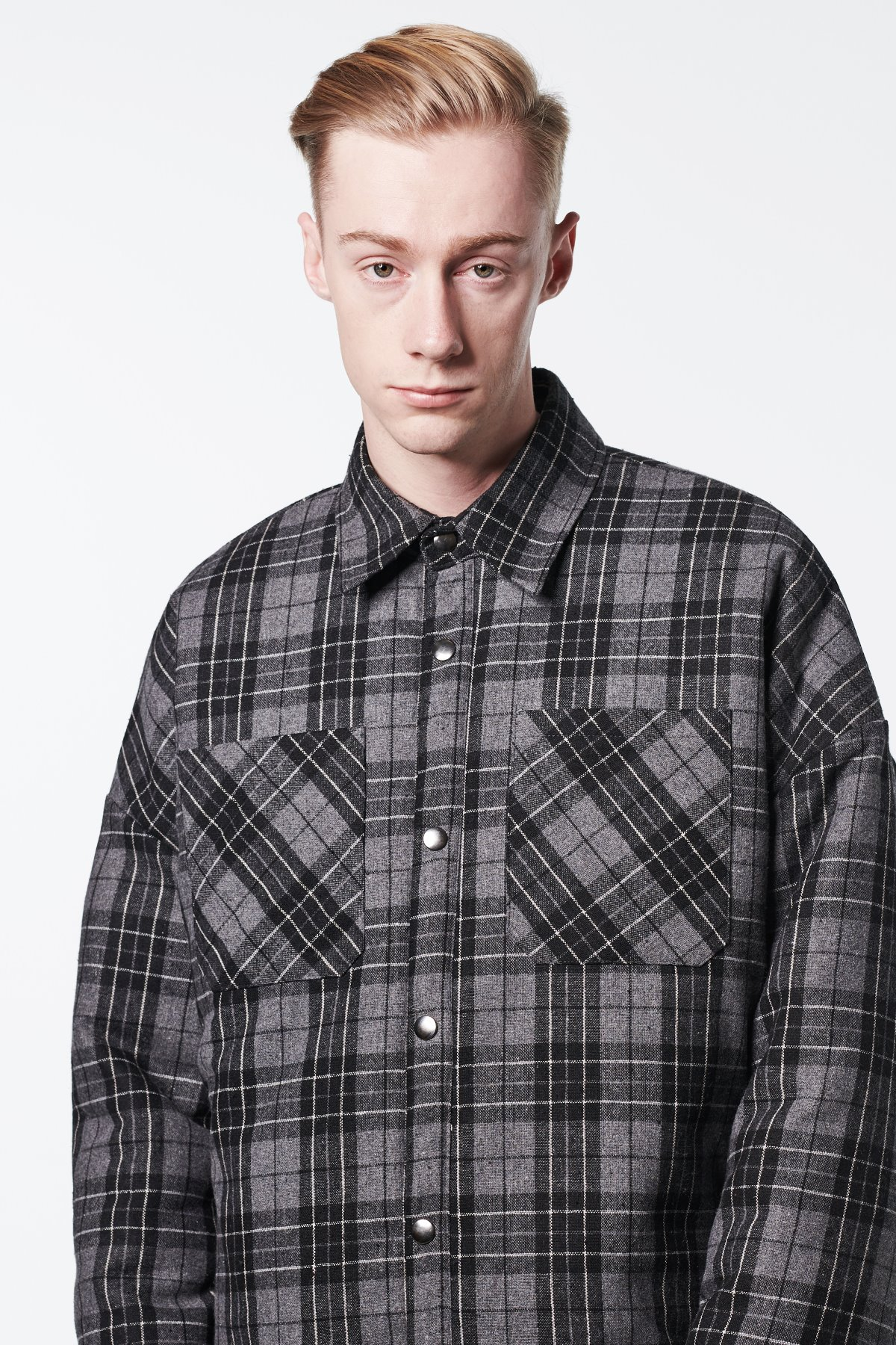 BLACK FLANNEL PADDING SHIRTS