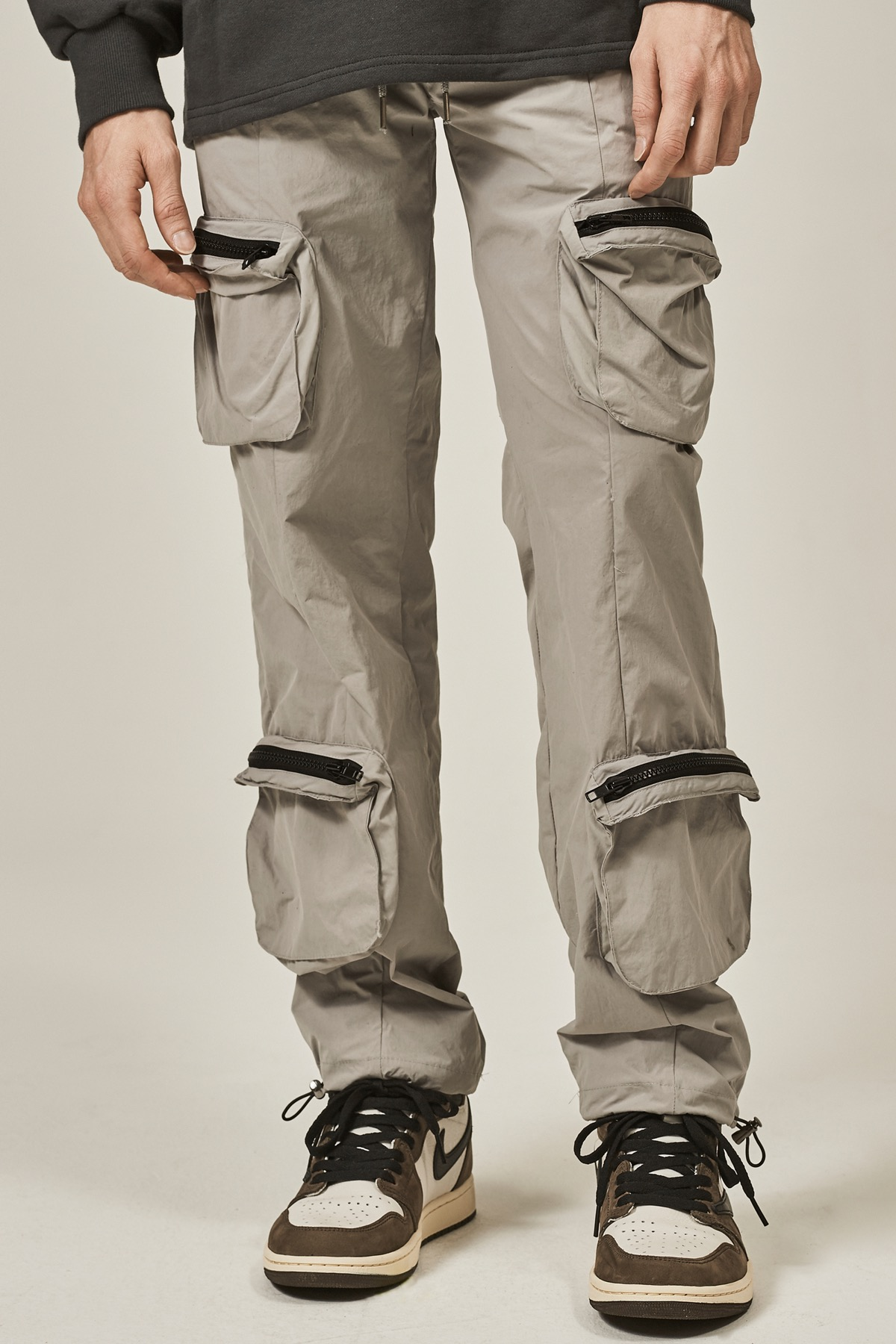 GRAY 4 POCKET CARGO STRING PANTS